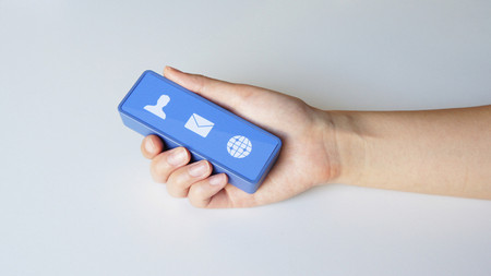 Cerevo - Physical Facebook Notifier