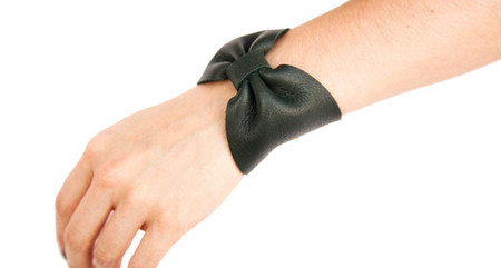 GABRIELA ARTIGAS - NIGHT SHADE LEATHER BOW CUFF