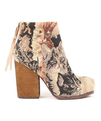 JEFFREY CAMPBELL   - RUMBLE BOOTIE IN CAT TAPESTRY
