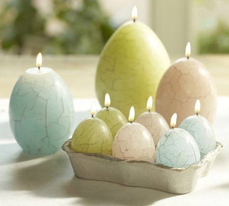 Pottery Barn - ,,..,.Crackle Egg Easter Candle.,..,,