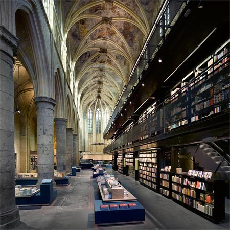 Merkx + Girod Architects - Bookstore (within a former Dominican church), Maastricht