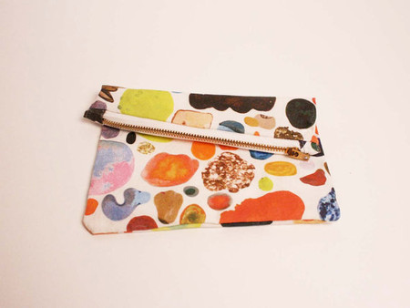 kindah - Mini Abstract Art Zipper Clutch
