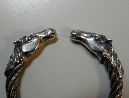 Gabor - Horse Stainless Wire Bangle