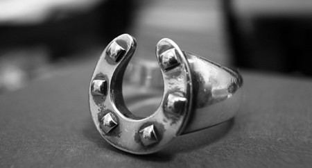 HERMES - HORSE SHOE RING