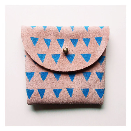 BlackbirdAndTheOwl  - COIN PURSE // pink suede with small blue triangles