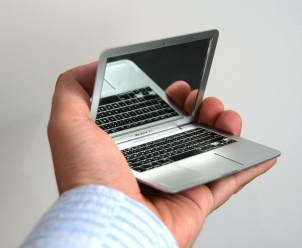 MirrorBook Air