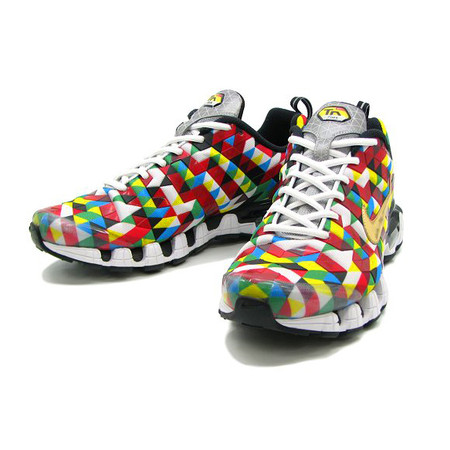 NIKE - AIR MAX PLUS TUNED 10