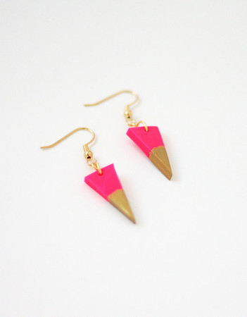 amerrymishap - hot pink gold dipped triangle earrings