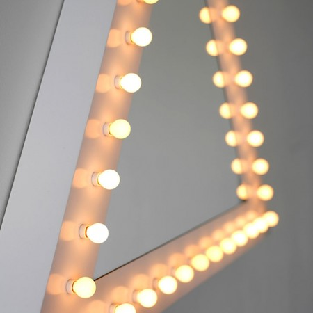 Jonathan Monk - 2009, Jonathan Monk - triangle wall based mirrors surrounded by ceramic light bulbs