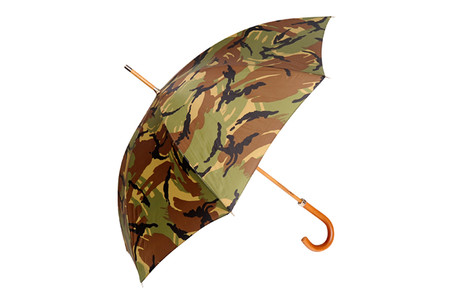 London Undercover - Camo Umbrella for Club Monaco (2012 Spring/Summer)