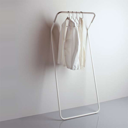 Cascando - Lean-On coat stand