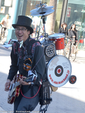 Funny Tombow (One Man Band)