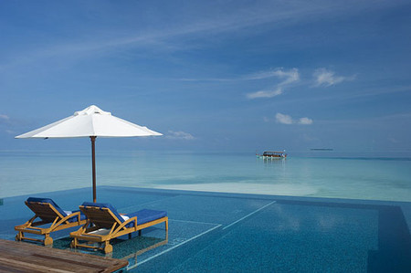 Conrad Hotel - Maldives, Rangali Island, Pool & Sea