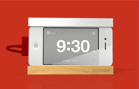Distil Union - Snooze - the iPhone alarm dock with a big snooze bar
