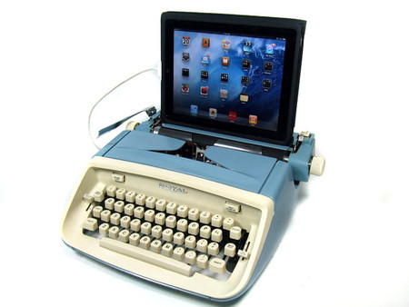 USB Typewriter - Computer Keyboard -- Royal Safari c. 1960
