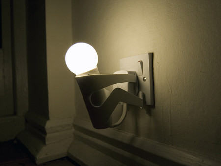 DANE WHITEHURST - 'The Marter' - Energy Saving Bulb Light