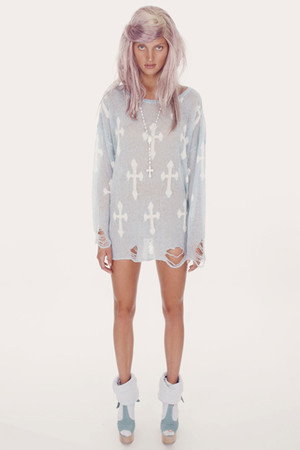 WILDFOX - GOTHIC COW GIRL-LENNON SWEATER