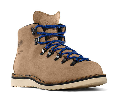 Danner - Mountain Light 821