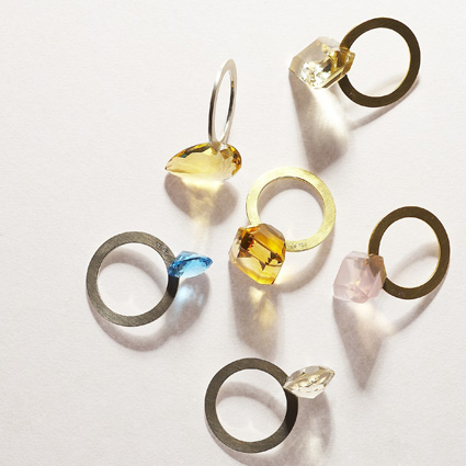 gallery deux poissons - slit ring silver/gold stone