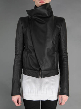 Gareth Pugh - SHORT LEATHER JACKET WITH ZIP CLOSURE AND OVERLAPED FRONT PANNEL