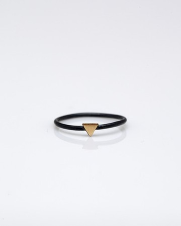 Stone & Honey - Tiny Triangle Ring