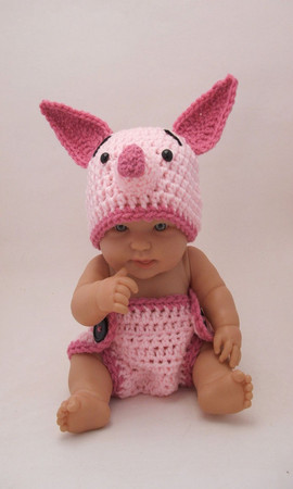KreativeKroshay - Piglet Hat & Diaper Cover Set, inspired by Winnie the Pooh (newborn-3 month size)