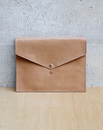 "Marie Turnor - ""Day for Night"" Clutch in Natural"