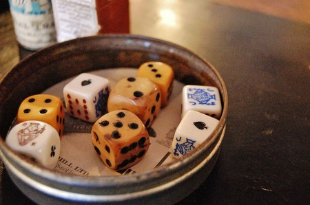 French Old Dice