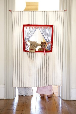 CoolSpacesForKids - Doorway Puppet Theatre