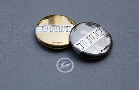 Bunney - Bunney for Fragment 34mm 'NO FUTURE' Badge