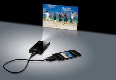 MicroVision - Portable Projector SHOWWX+