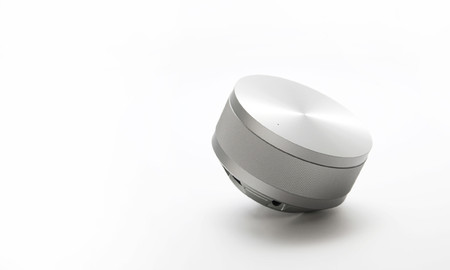 KENT - Vol Portable Speaker by Hironao Tsuboi (Silver)