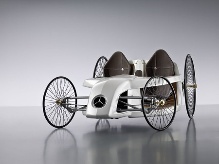 Mercedes-Benz - F-CELL Roadster with Hybrid Drive