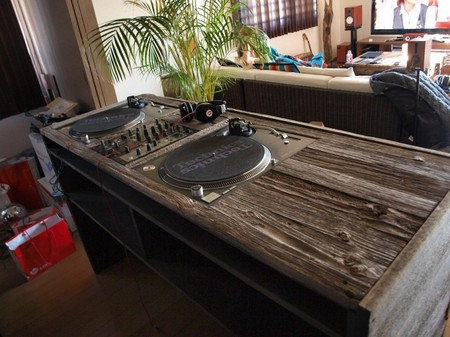 Woodnik - DJ Table (custom-made)